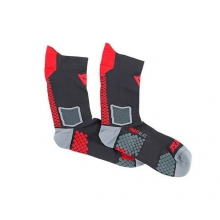 dainese_d_core_mid_socks_black_red-800x600